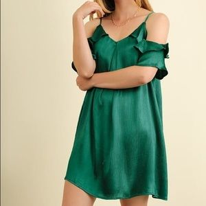 🆕Umgee Crepe Emerald Green Cold Shoulder Mini